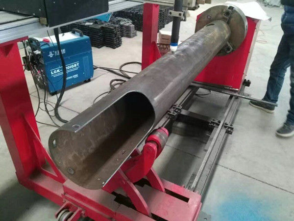Rotating Shaft CNC Circle Tube Biaya Rendah CNC Plasma Cutting Machine